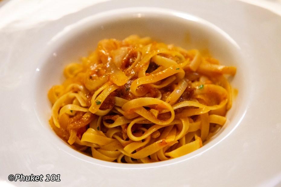 crust-restaurant-pasta