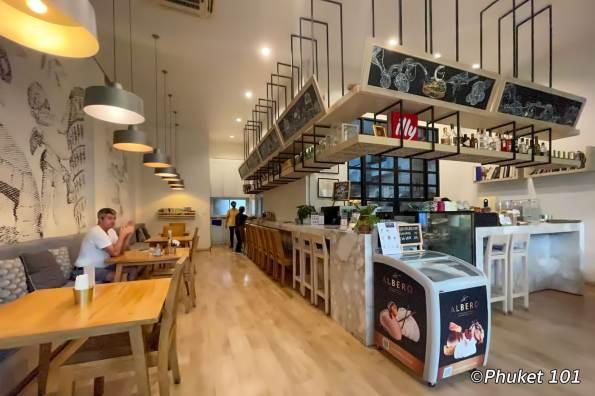 crust-cafe-restaurant-phuket-town