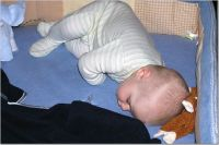 When Can My Baby Sleep With A Blanket And Pillow?
