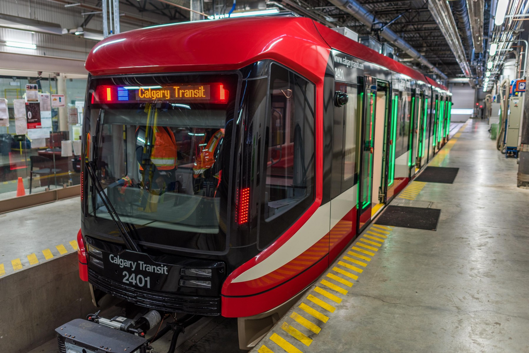 Calgary Transit welcomes first Mask CTrain car