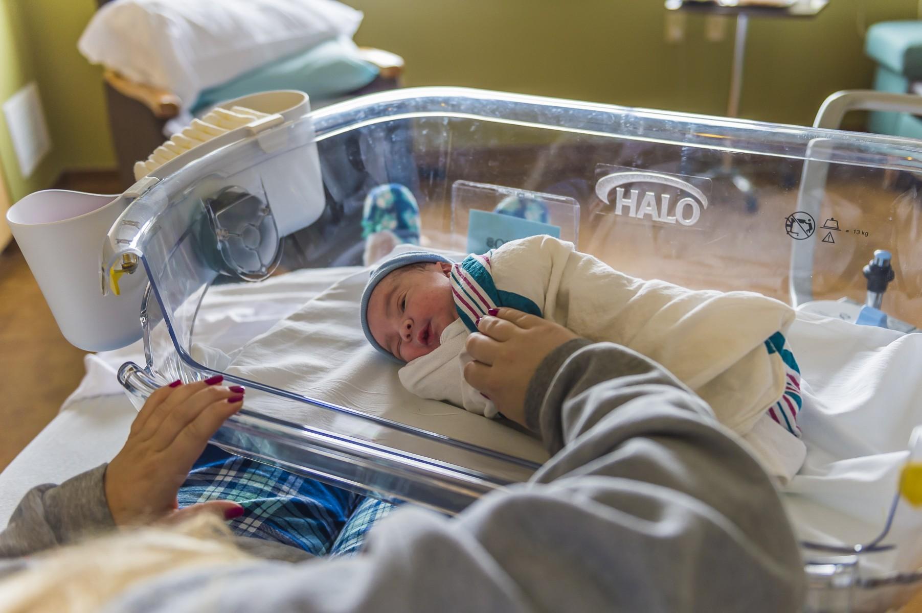 High Tech Bassinets Innovative Infant Care