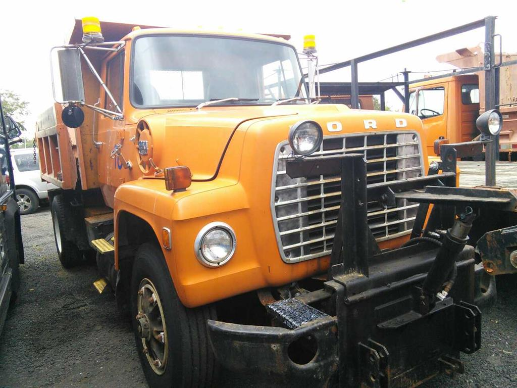 hight resolution of image 1 of 28 1980 ford l8000