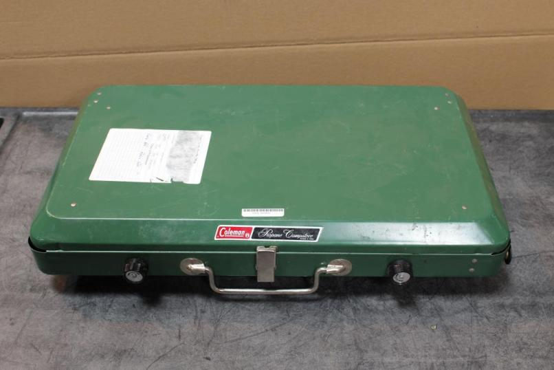 Coleman Model 5400 A 700 Two Burner Propane Camp Stove 5400a700