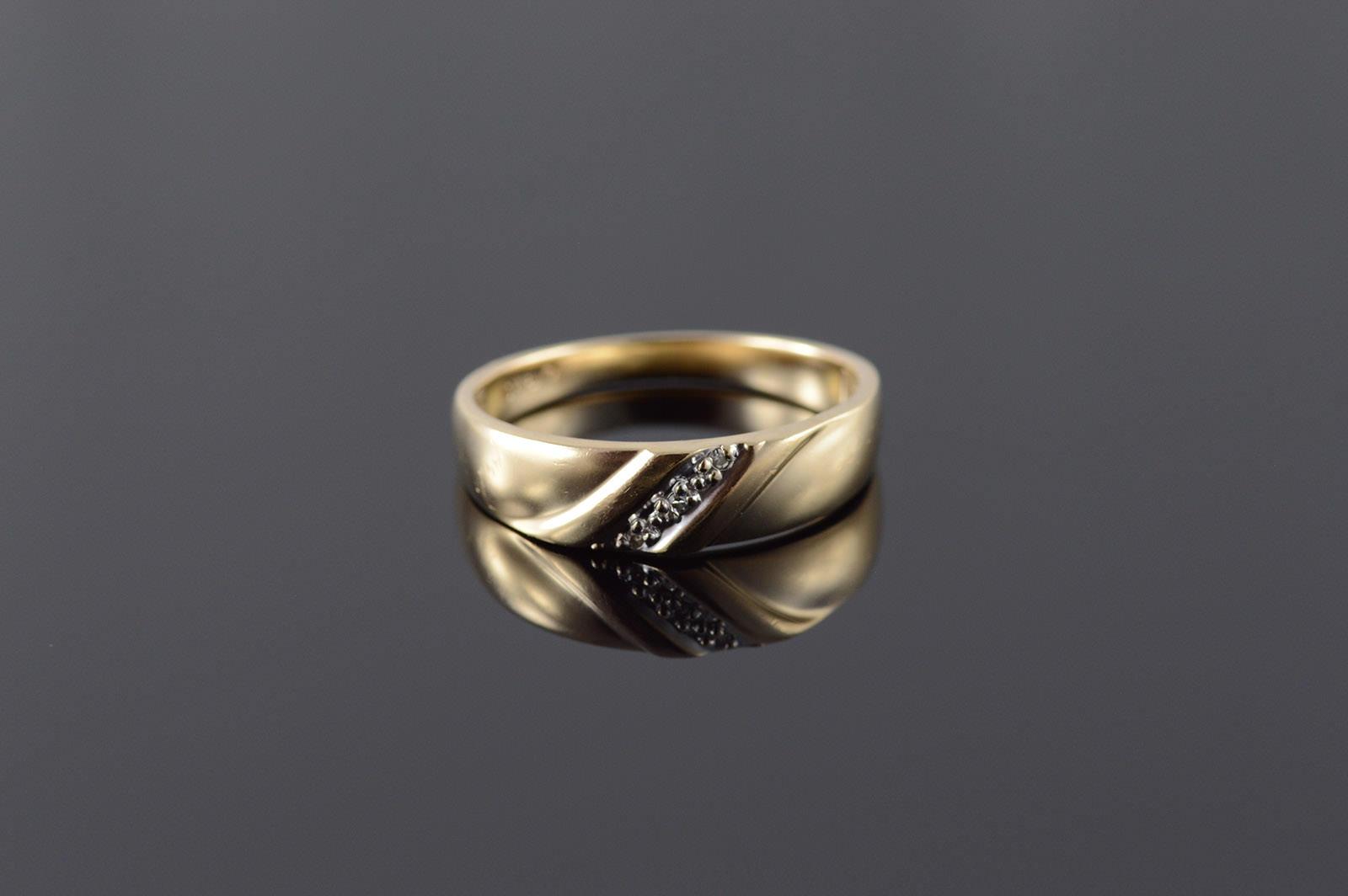 10K Genuine Diamond 3 Stone Knot Men's Wedding Band Yellow