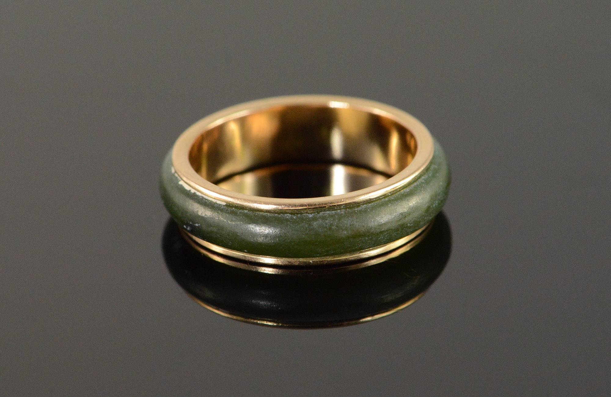 14K 3g Vintage Jade Outlined Wedding Band Yellow Gold Ring