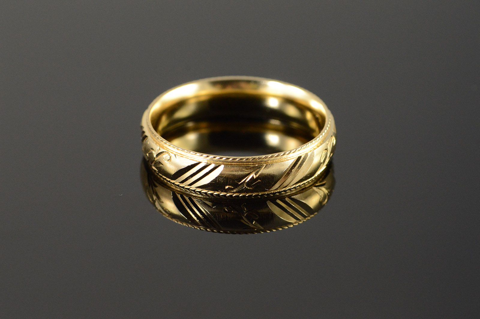 14K Beautiful Carved Engraved Fancy Wedding Band Mens