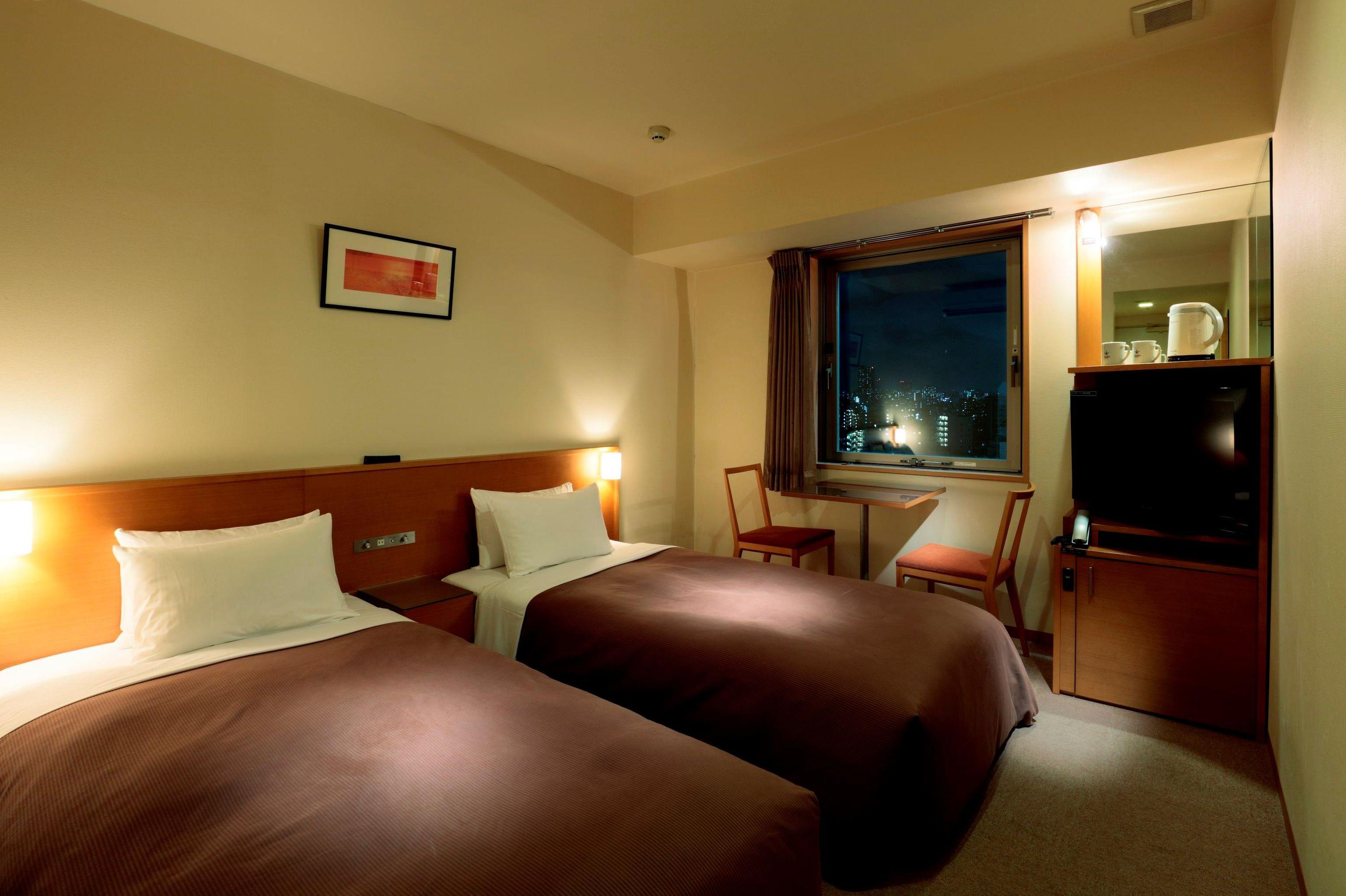 Candeo Hotels Ueno Park Aed 296 A E D 7 0 6 Tokyo