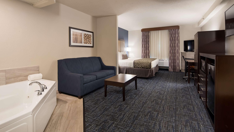 Best Western Plus Flint Airport Inn Suites 78 1 1 8