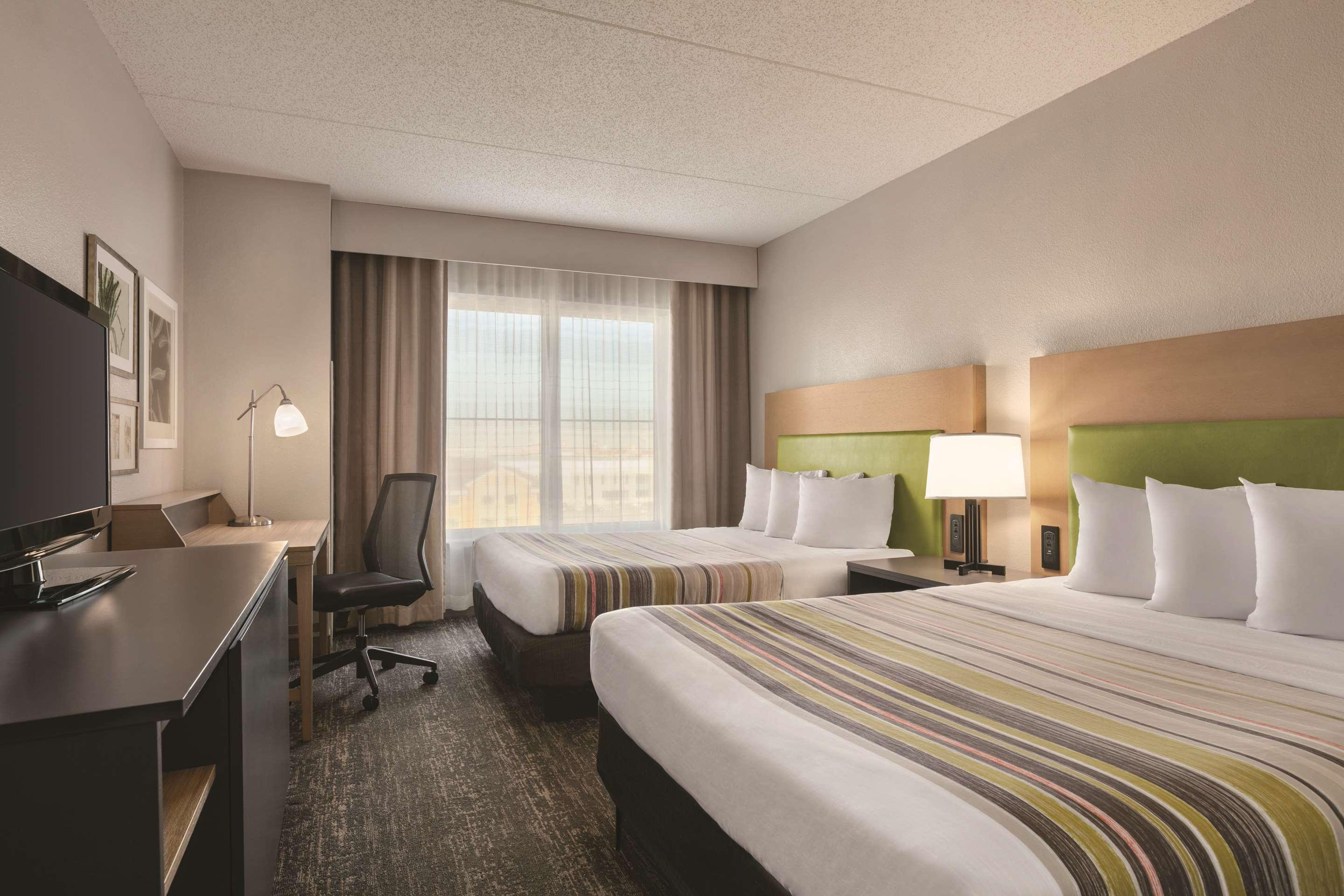 Country Inn Suites By Radisson Newark Airport Nj 52