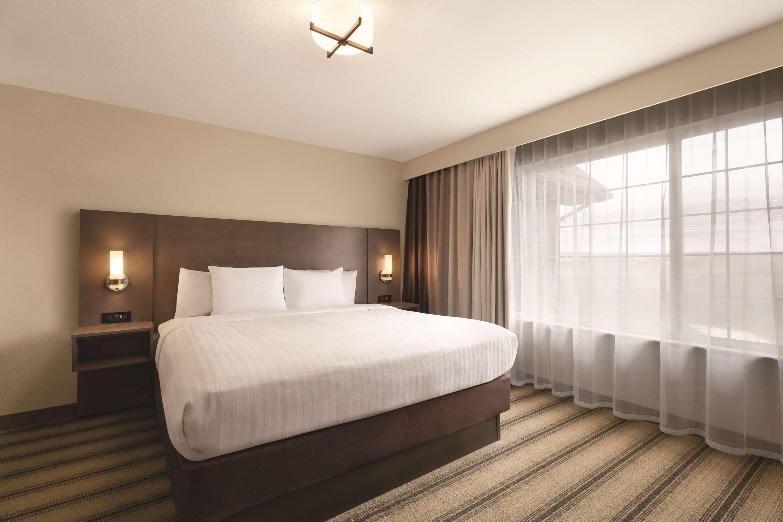 Country Inn Suites By Radisson Billings 79 1 0 3