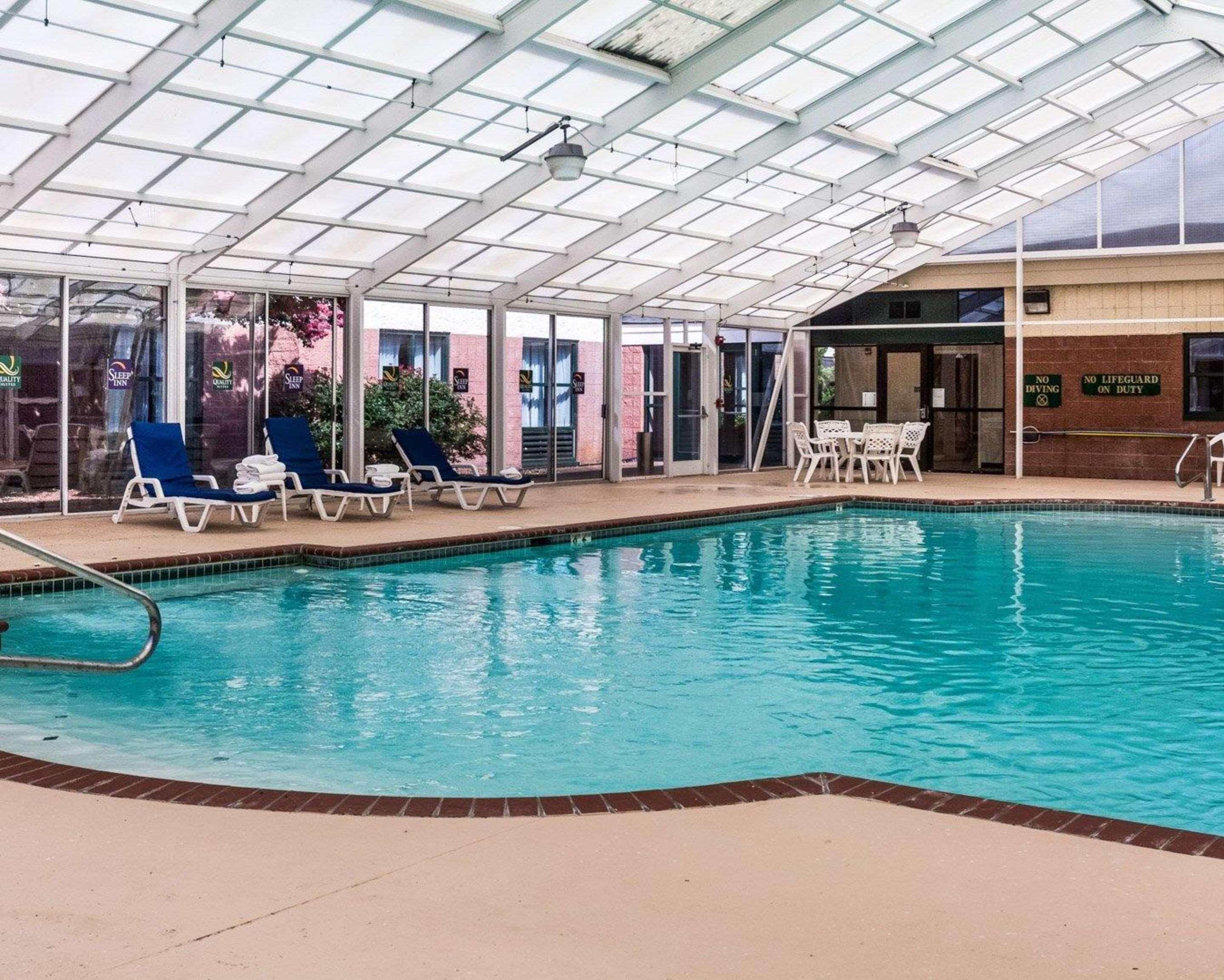 Quality Suites Lake Wright Norfolk Airport 65 1 3 1
