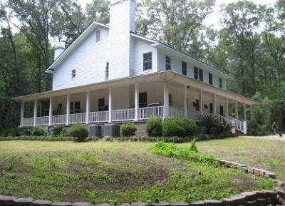 789 Sherman Rd - Click here to learn more about this beautiful Thomasville home for sale