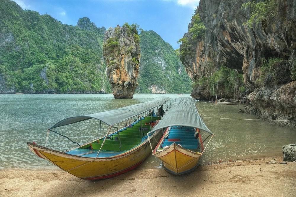 Pha Nga Bay, salah satu wisata alam populer di Thailand