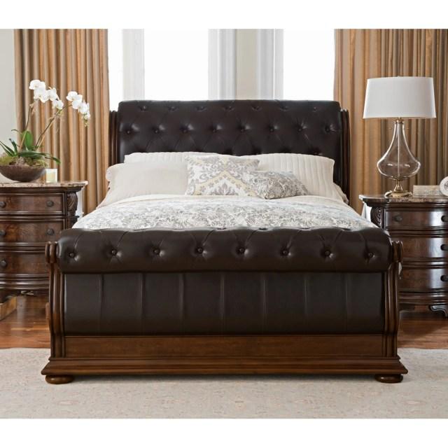 Monticello 5 Piece King Sleigh Bedroom Set Pecan