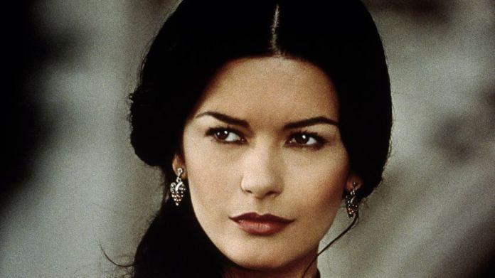 """Catherine Zeta-Jones 1998 in """"The mask of Zorro"""""""