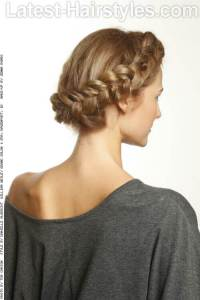 36 Simple Hairstyles That Look Anything But Simple