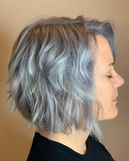 40 Cute Youthful Short Hairstyles For Women Over 50