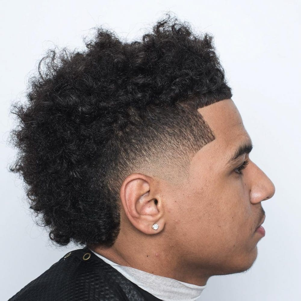 34 Best Men S Hairstyles For Curly Hair Easy To Style