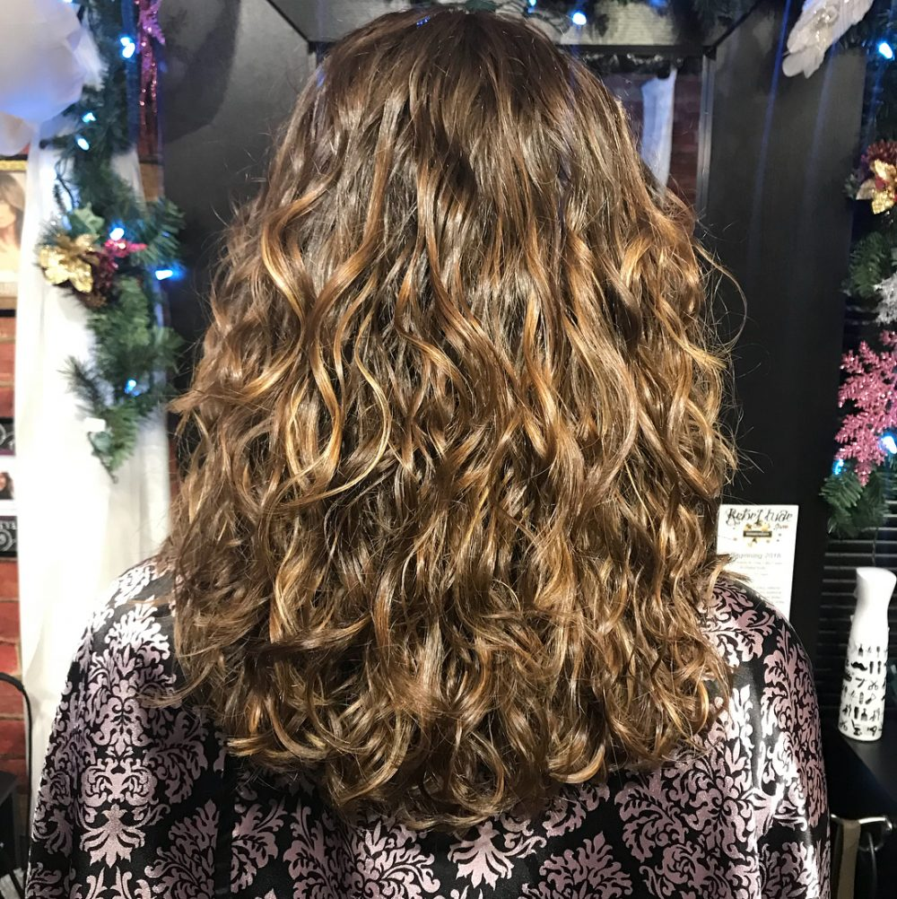 22 Cute Long Curly Hairstyles For 2020 Easy Curly Hair Ideas