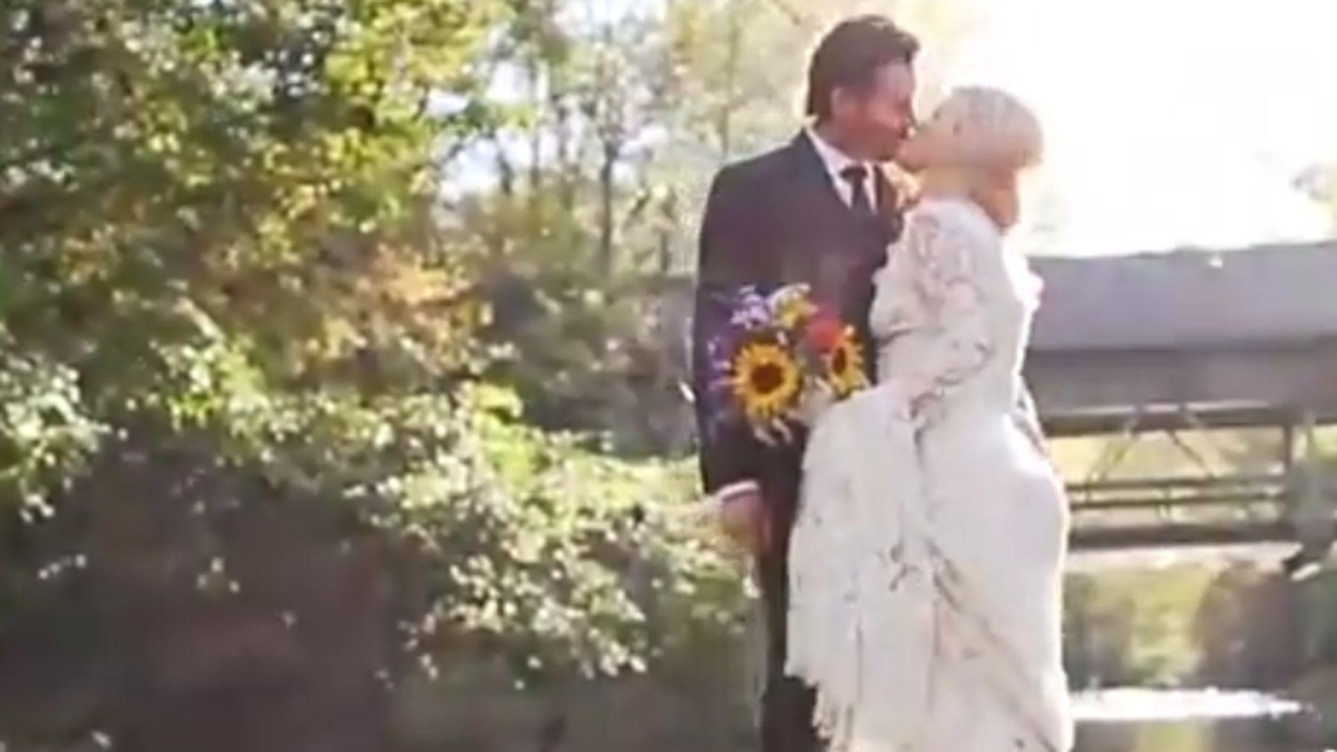 Traumhaft Kelly Clarkson zeigt Hochzeitsvideo  Promiflashde