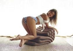 Sexy Melena Maria - Denim Hotpants - pics 01