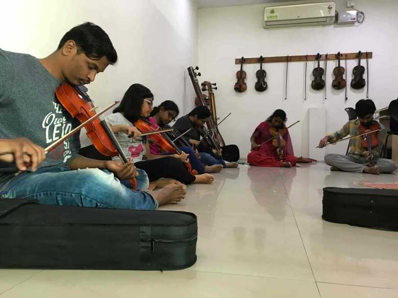 rockstudios institute of music and arts, kphb colony - rockstudios