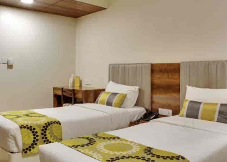 Hotel Hardeo Sitabuldi Hotels In Nagpur Justdial