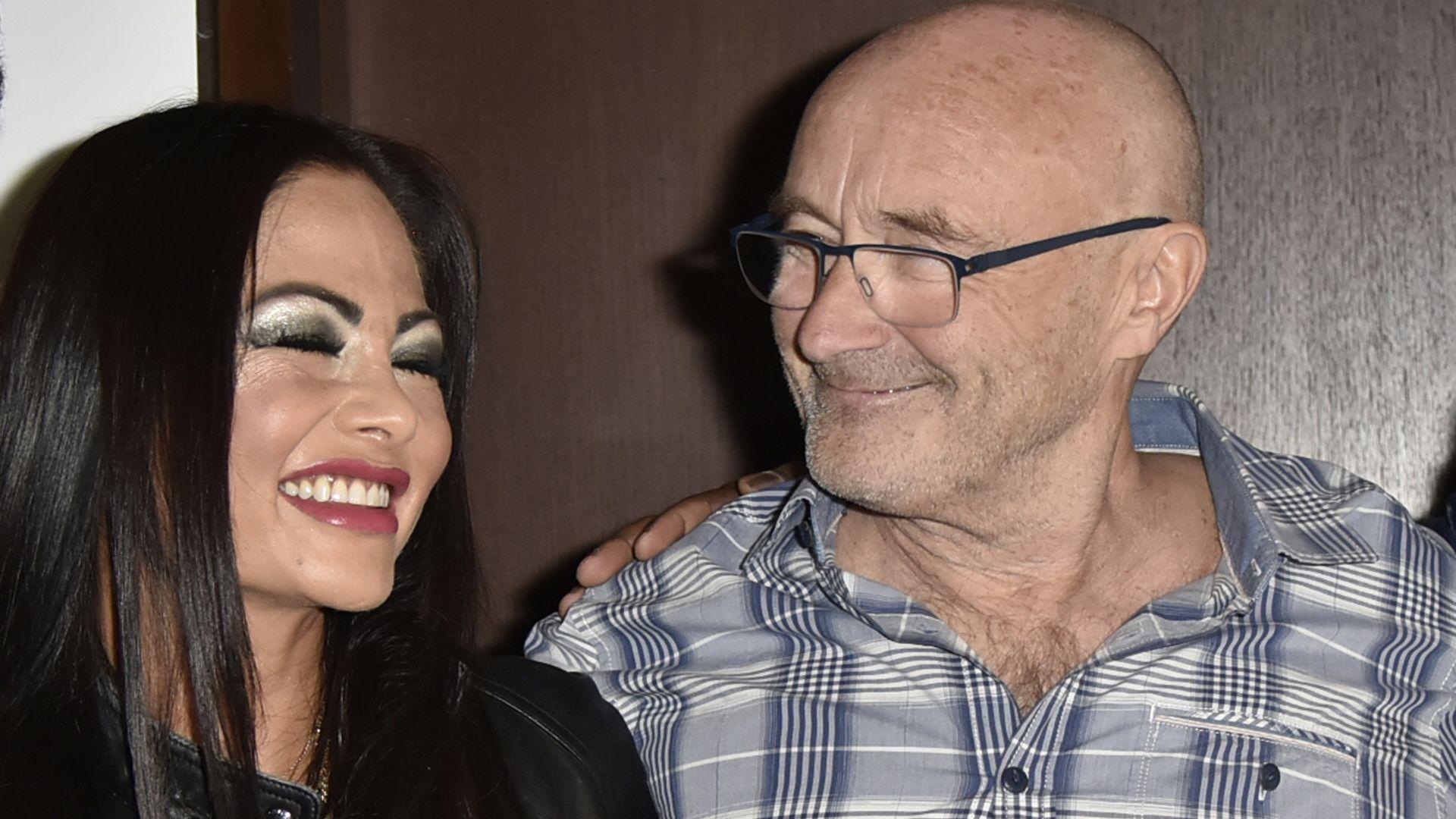 Erstes Foto Hier zeigen sich Phil Collins  seine ExEx