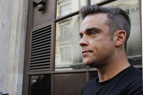 Neue Frisur Robbie Williams  Lucia Blog