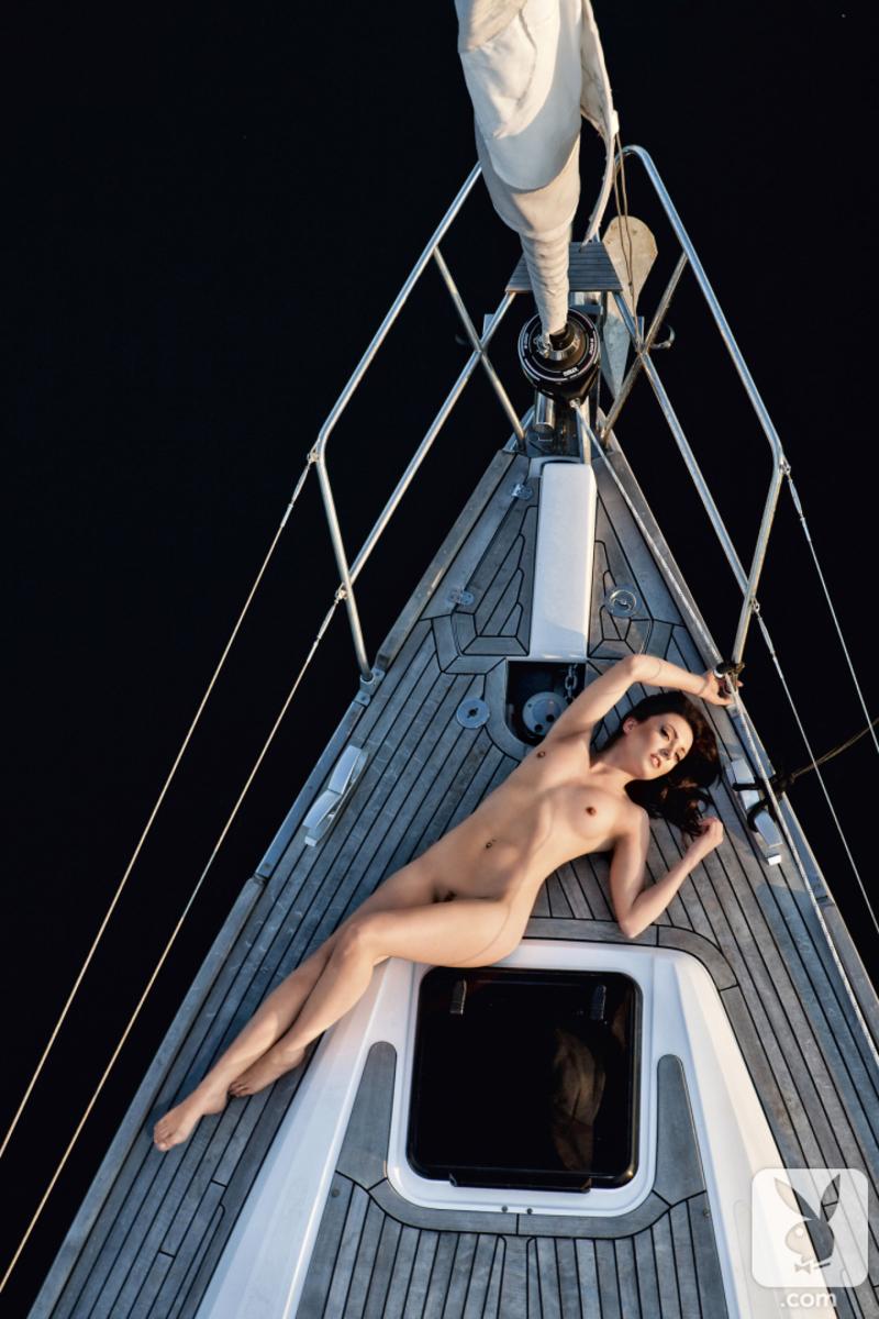Sailing Sarah 06