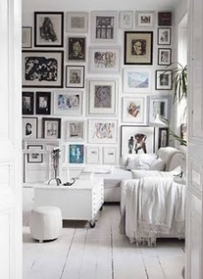 black and white frames wall art