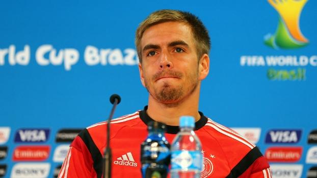 Philipp Lahm na entrevista coletiva alemã pré-jogo com a Argélia