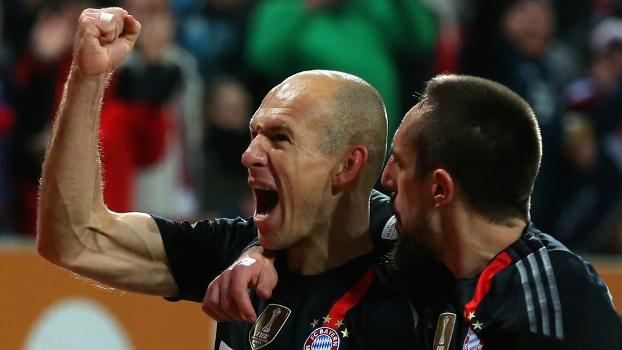 Robben elogiou o primeiro tempo do Augsburg, que mesmo assim não evitou goleada