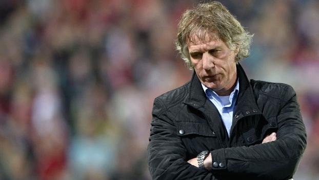 Gertjan Verbeek não é mais o técnico do Nuremberg