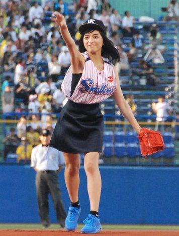 川口春奈 彼氏 山田哲人 指輪 交換 結婚予定