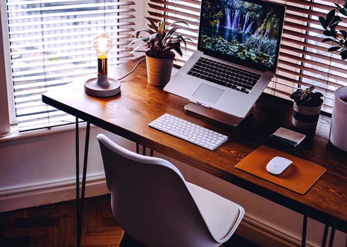Decor Essentials for Your Small Office Home Office (SOHO)   Content Writer India