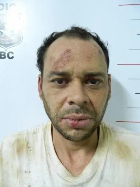 """Moacir Levi Correia, o """"Bi da Baixada"""", ao ser preso, após tiroteio com policiais em SC - 07.mar.2014 - Divulgação/Polícia Civil"""