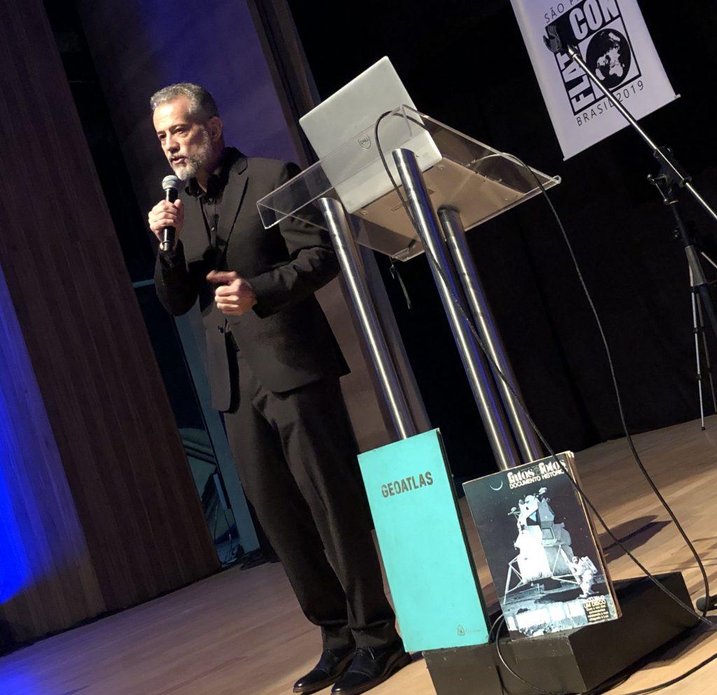 terra10 1024x993 - 'A ignorância é uma bênção', diz palestrante da 1ª Convenção da Terra Plana