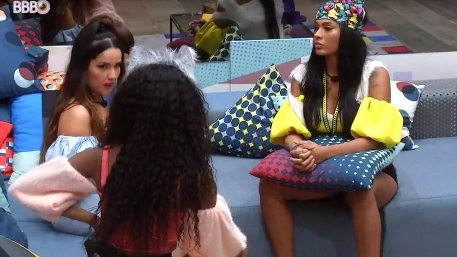BBB 21: Juliette, Pocah e Camilla conversam sobre treta - Reprodução/ Globoplay