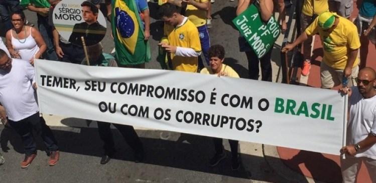 Manifestantes protestaram em dezembro pelo fim do foro privilegiado, na avenida Paulista, em São Paulo