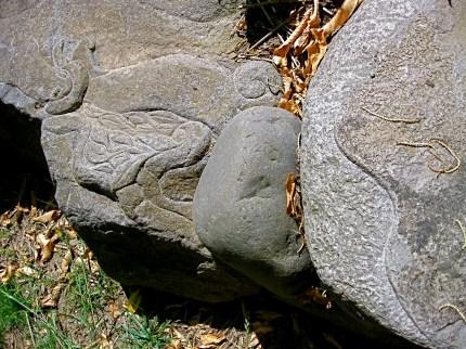 Eric Contey Stonework - Jeness boulder flourish