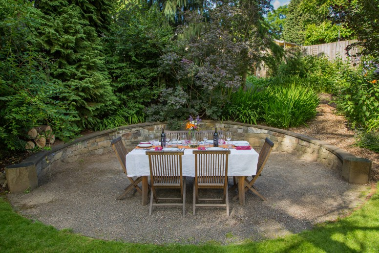 Eric Contey Stonework - James wall and dining patio
