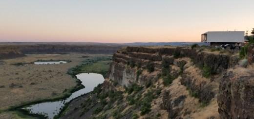 DRY FALLS WASHINGTON GEOLOGY TRAVEL TOURISM WASHINGTON DESERT