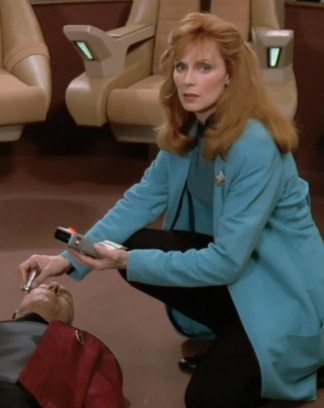 Crusher_medtricorder