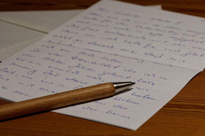 Contoh Surat Izin tidak Masuk Sekolah SD Tulisan Tangan Buatan Sendiri yang Baik dan Benar
