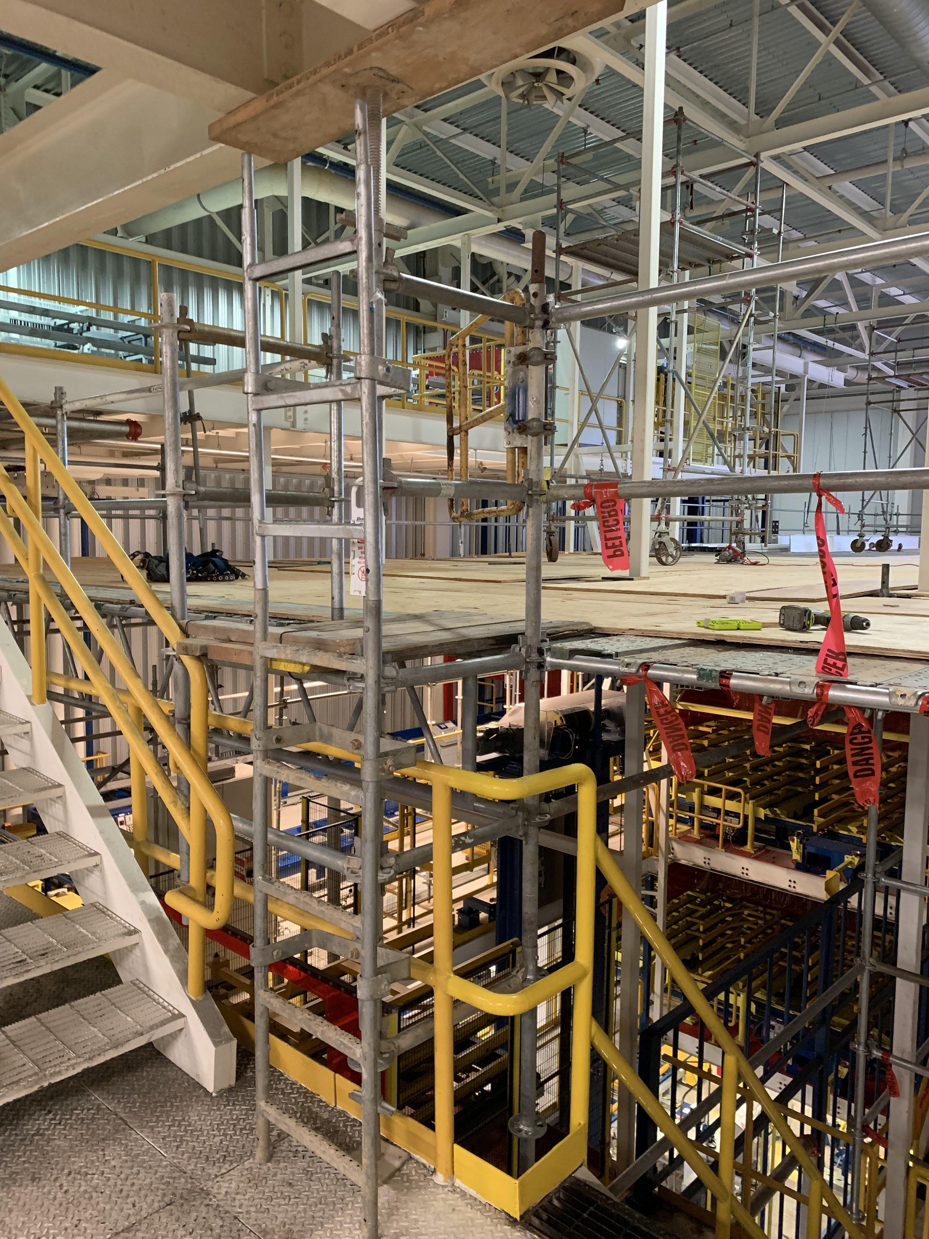 New Mezzanine in Industrial Plant scaffold 11