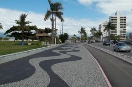Calçadão Avenida da Praia 8