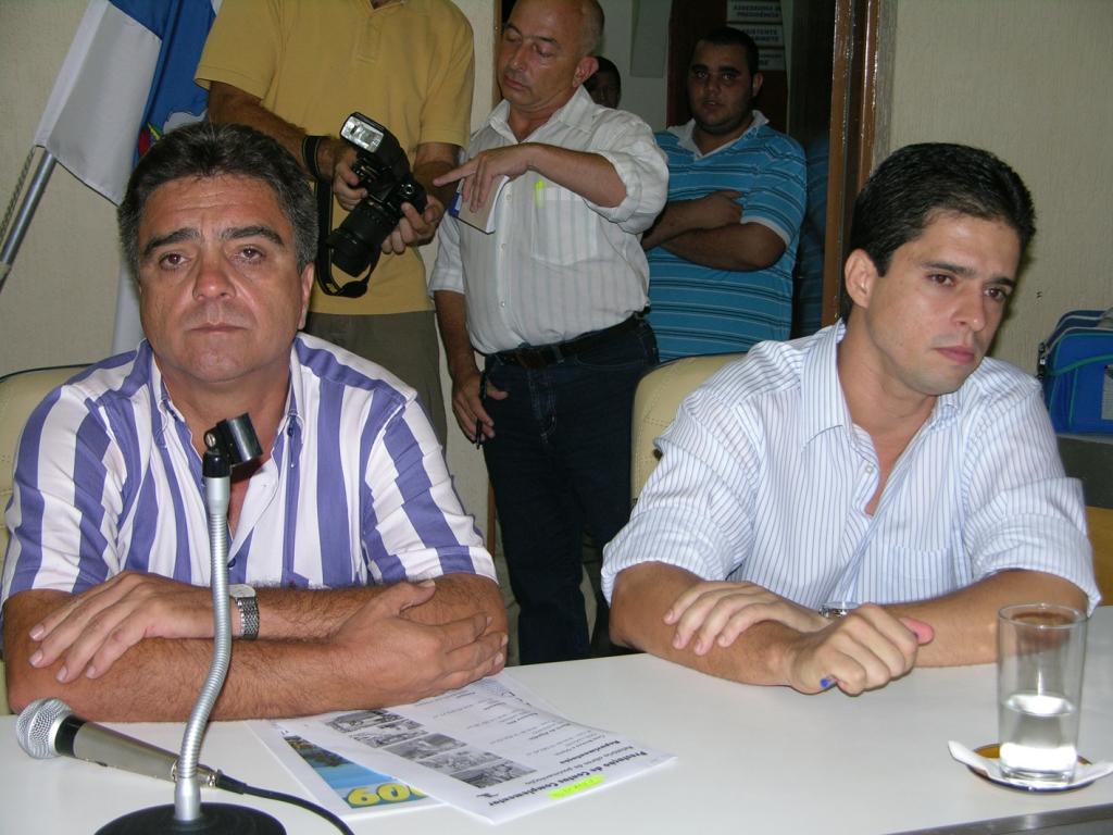 Ex-Prefeito e Vice cobram Direitos Trabalhistas