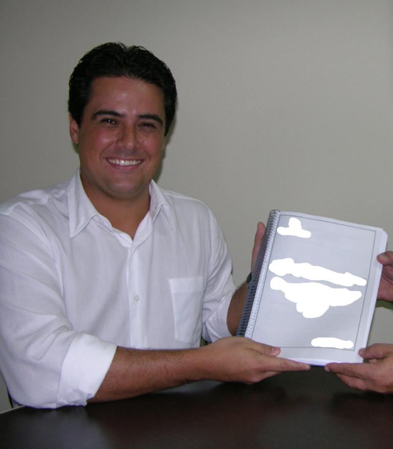Felipe Augusto desabafa em vídeo derrota no Segundo Turno