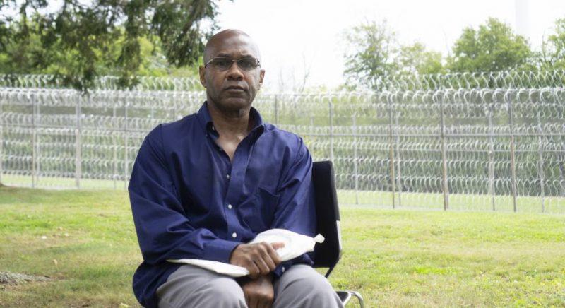 La víctima de una violación admite que pudo haberse equivocado al identificar al agresor que lleva 50 años en la cárcel / Imagen: Jenifer McKim de GBH Noticias